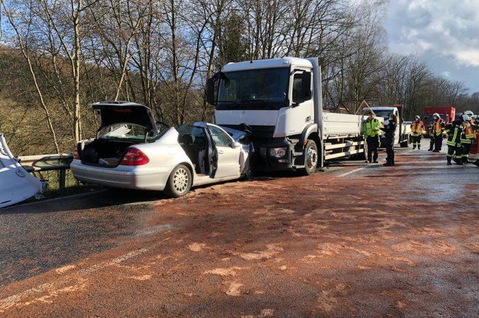 Einsatz Nr.: 27/2021 – Verkehrsunfall mit eingeklemmter Person